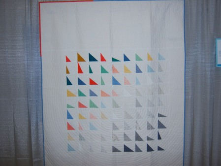 Quiltcon 2015 Improvisation - Fade To Black by Sarah Lowry Triangle MQG